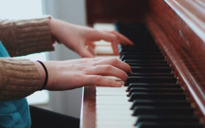 Tickling The Ivory: How A Moving Company Can Help You Move That Piano (Safely)